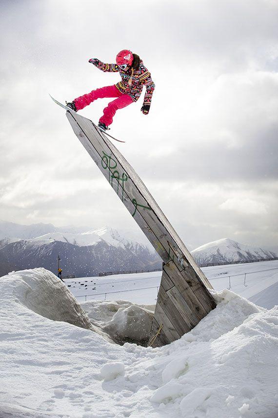 ae95f5523becdfcb7ba56fb27611d0c9--snowboards-roxy